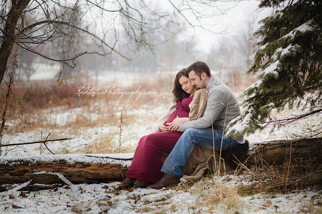 winter-maternity-photos-Pittsburgh-02