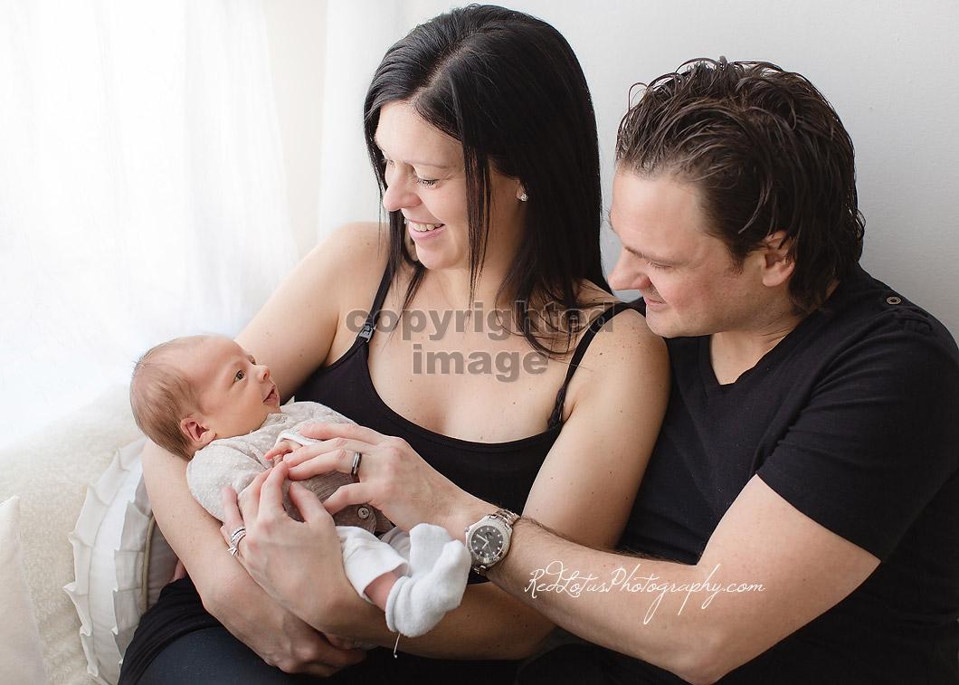Pittsburgh-newborn-photographer-04